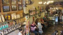 Café e comidinhas com sotaque mineiro